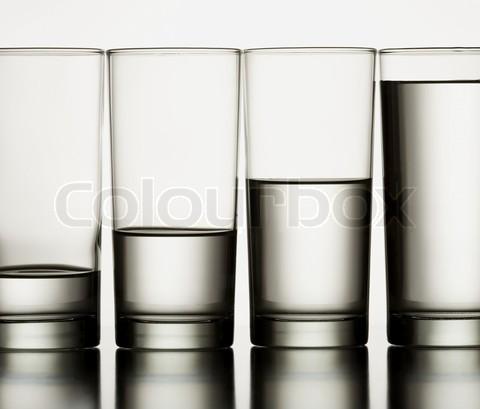 patru pahare